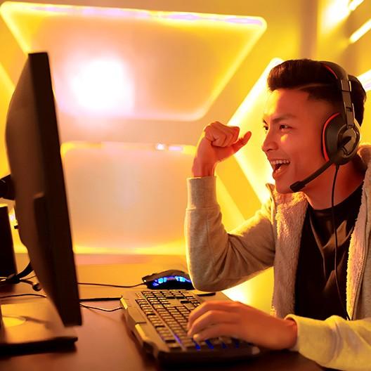 5 Manfaat Bermain Game Online yang Tak Boleh Kamu Lewatkan